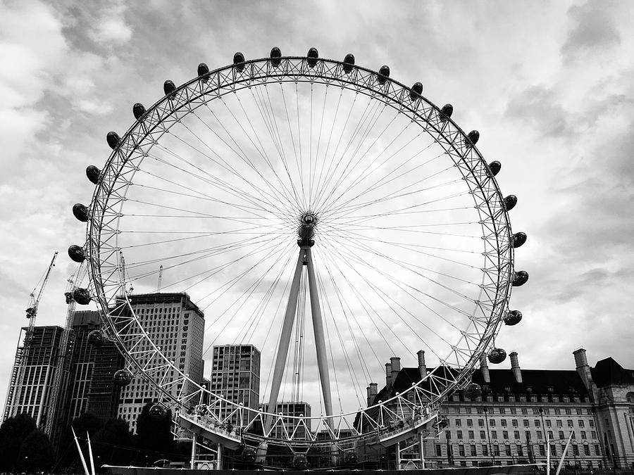 London Eye by Daniele Smith