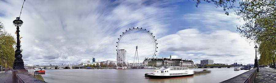 London Eye Panoramic by Adrian Brockwell