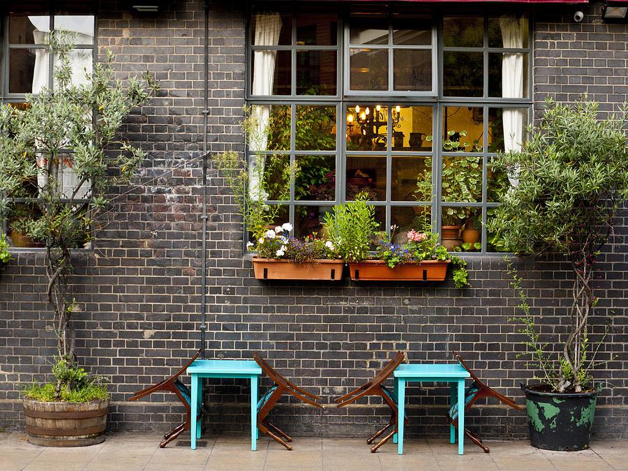 Patio Photograph - London Patio by Rae Tucker