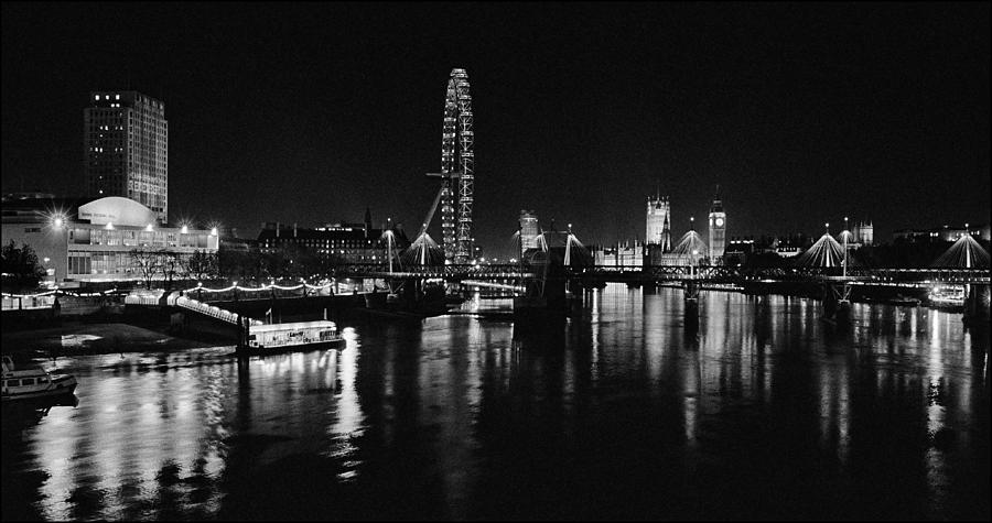 London View At Night Photograph By Aldo Cervato
