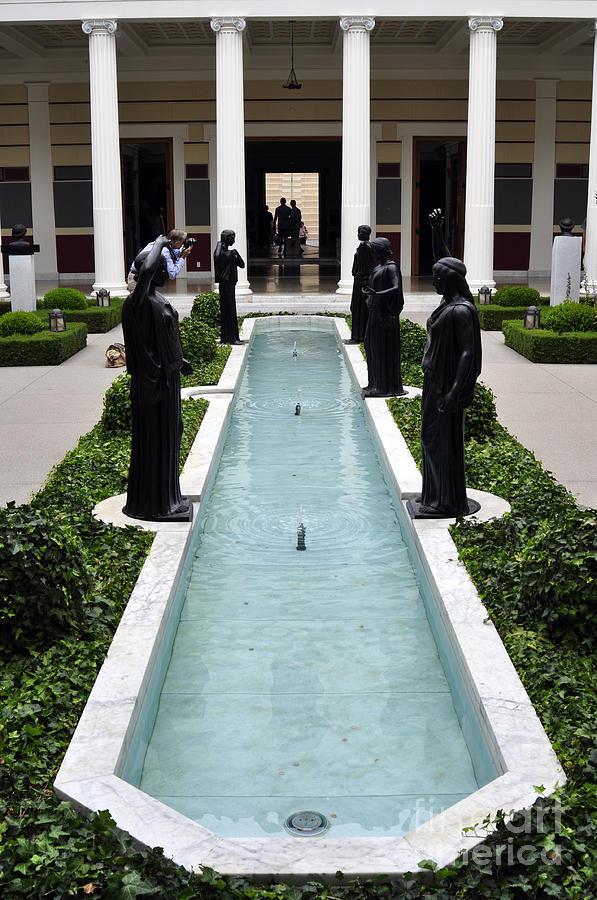 Long Fountain