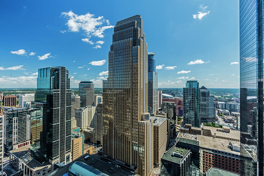 Minneapolis Photograph - Looking Across the City by Lonnie Paulson