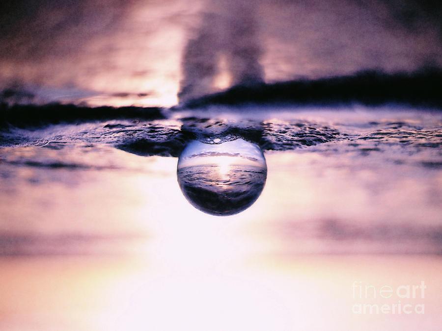 Setting Sun Digital Art - Looking Glass by Phil Perkins