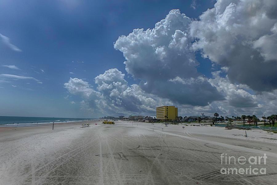 Beach Photograph - Looking Toward Daytona Beach Shores by Judy Hall-Folde