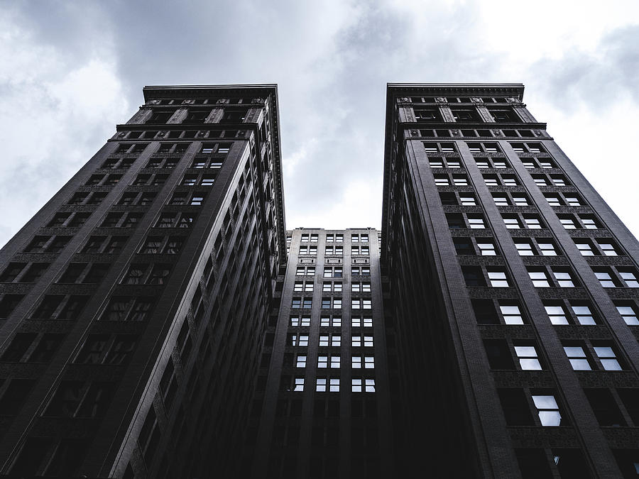 Architecture Photograph - Looking Up At Building In St. Louis by Dylan Murphy