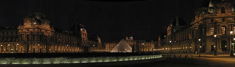 Louvre Photograph - Louvre by Gary Lobdell