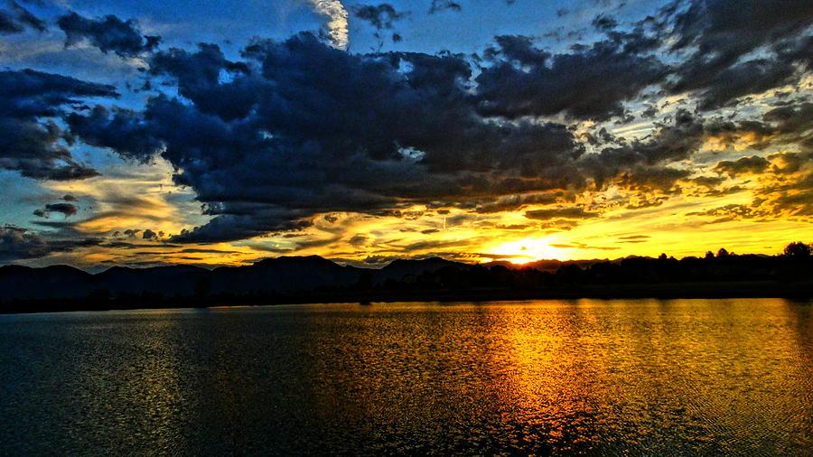 Love Lake by Eric Dee