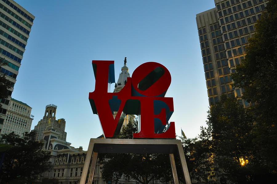 Love Park Photograph - Love Park In Philadelphia by Bill Cannon