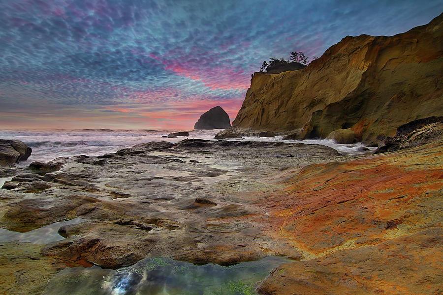 Oregon Coast Photograph - Low Tide at Cape Kiwanda by David Gn