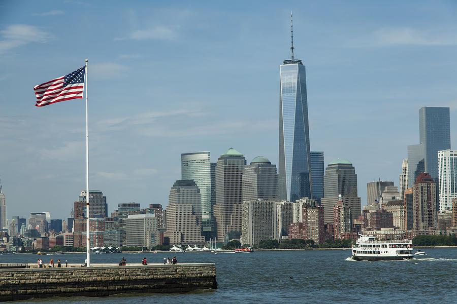 Building Photograph - Lower Manhattan by Richard Nowitz