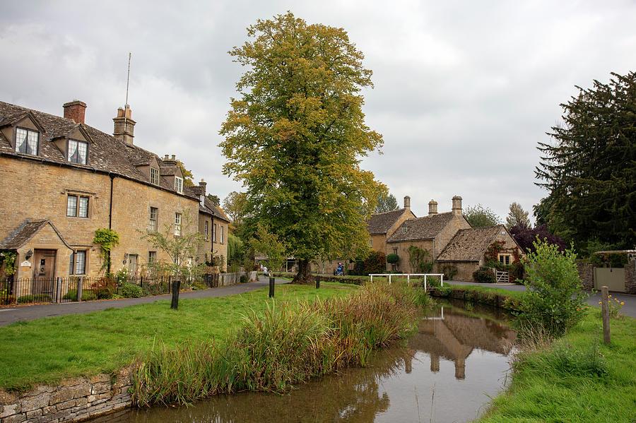 Lower Slaughter village by Paul Cowan