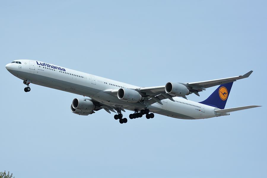 Airplane Photograph - Lufthansa Airbus A340-600 D-aihw Los Angeles International Airport May 3 2016 by Brian Lockett