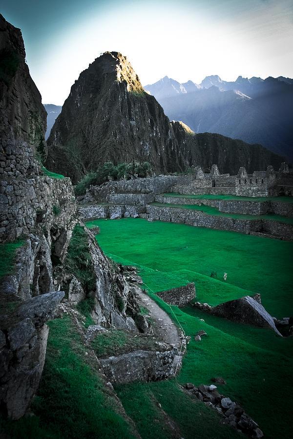 Machu Pichu Photograph - Machu Pichu Sunrise by Jonathan Hansen