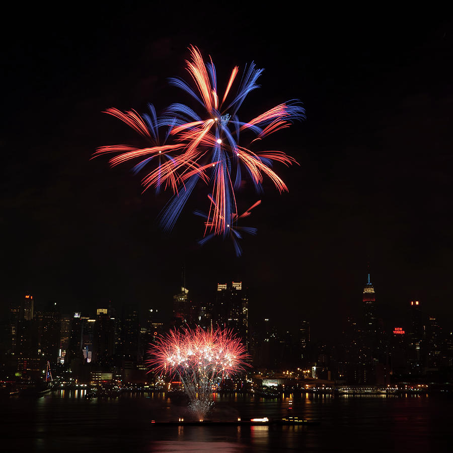 4th Of July Photograph - Macys Fireworks II by David Hahn