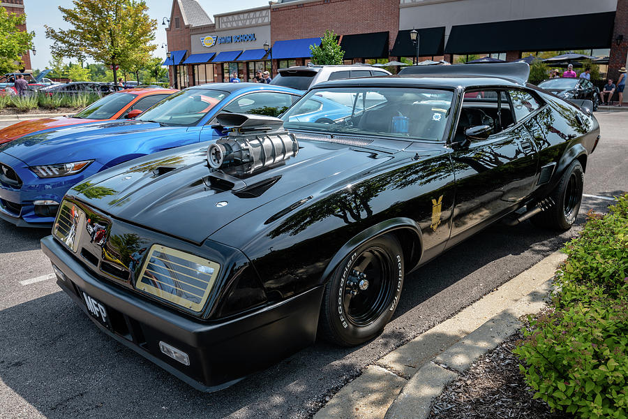 Mad Max Ford Falcon Xb Gt