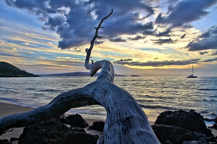Maluaka Beach Sunset by DJ Florek