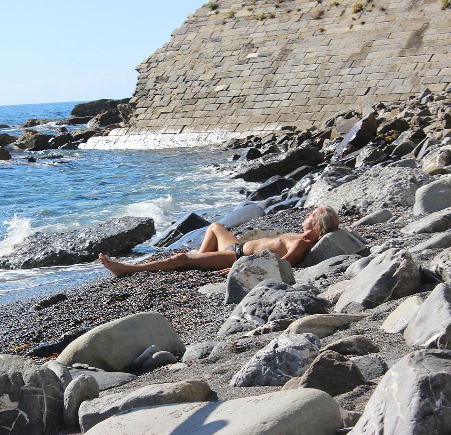 каждым днем нудстский пляж фото эти вопросы стали