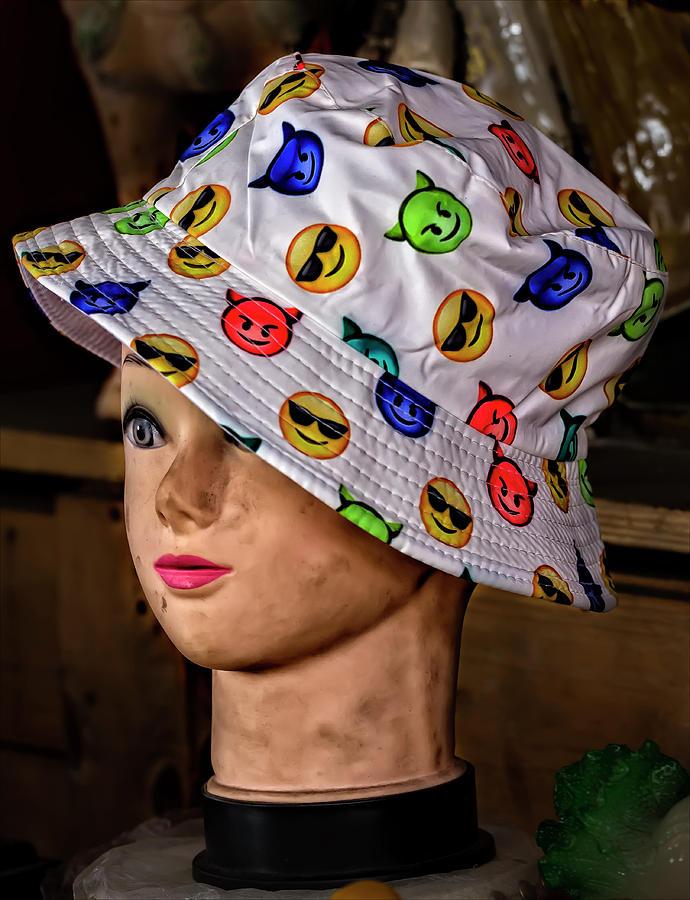Mannequin Head Photograph - Mannequin Head And Hat by Robert Ullmann