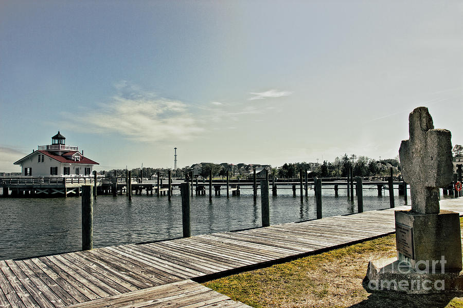 Nature Photograph - Manteo Waterfront by Tom Gari Gallery-Three-Photography