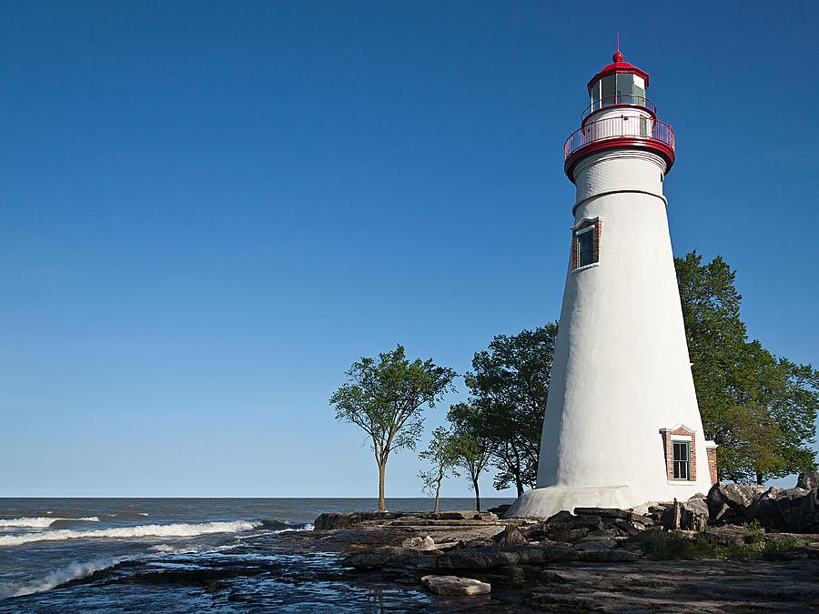 Marblehead Lighthouse by Dale Kincaid