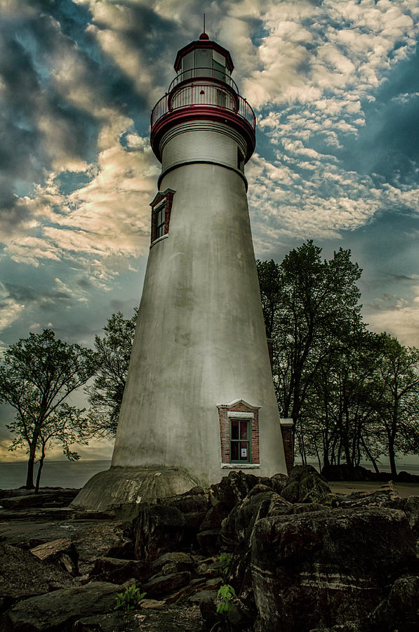 Marblehead Lighthouse Photograph - Marblehead Lighthouse by Gaby Swanson