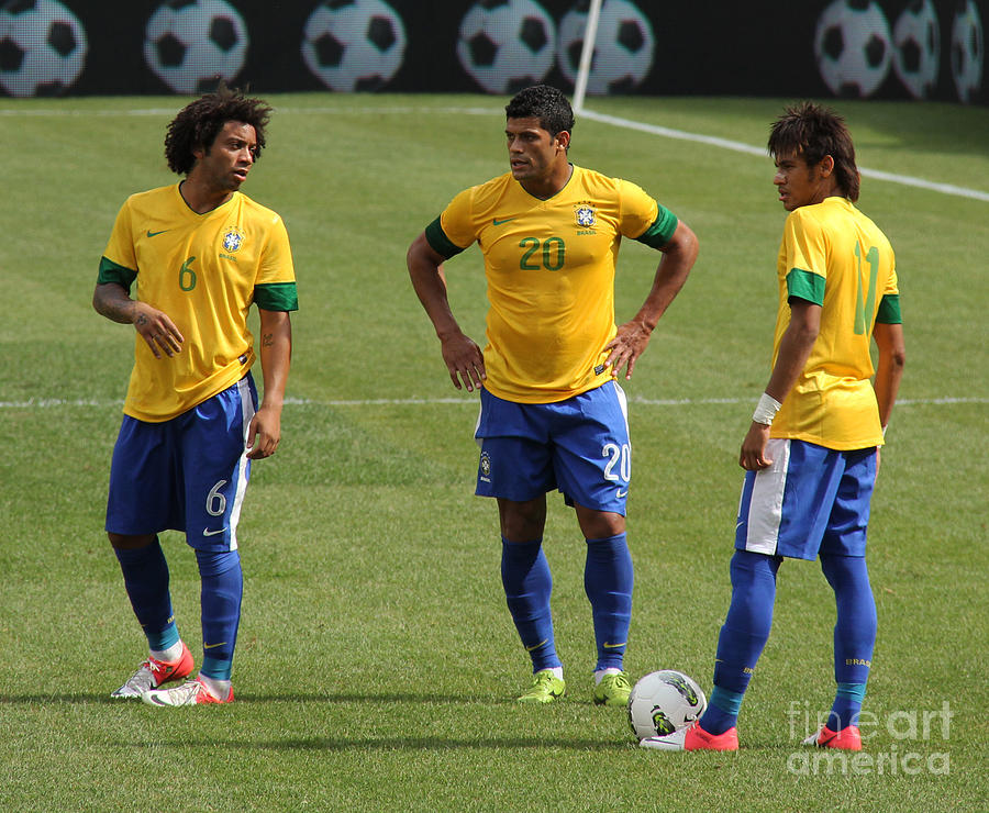 Action Photograph - Marcelo Hulk And Neymar by Lee Dos Santos