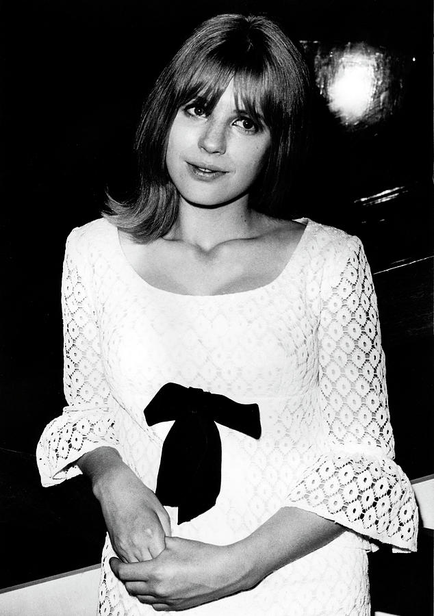 Marianne Faithfull 1964 no 2 by Chris Walter