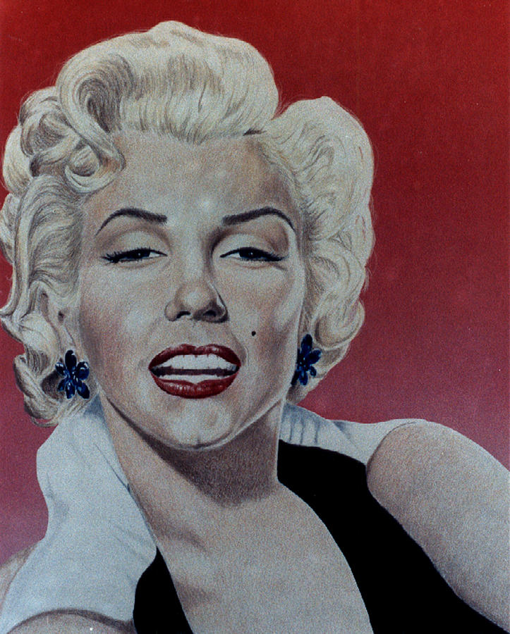 Marilyn Monroe Drawing - Marilyn by Maria Arango