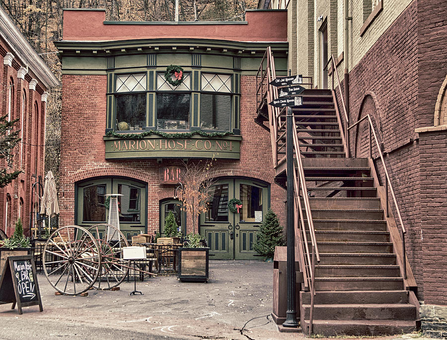 Jim Thorpe Photograph - Marion Hose Bar by Frank Morales Jr