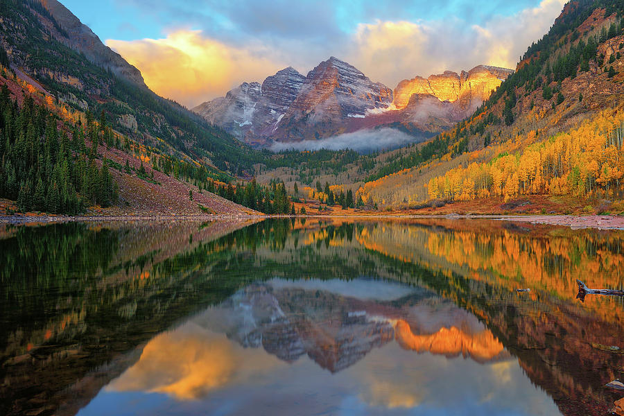 Maroon Bells Autumn Reflections by Greg Norrell