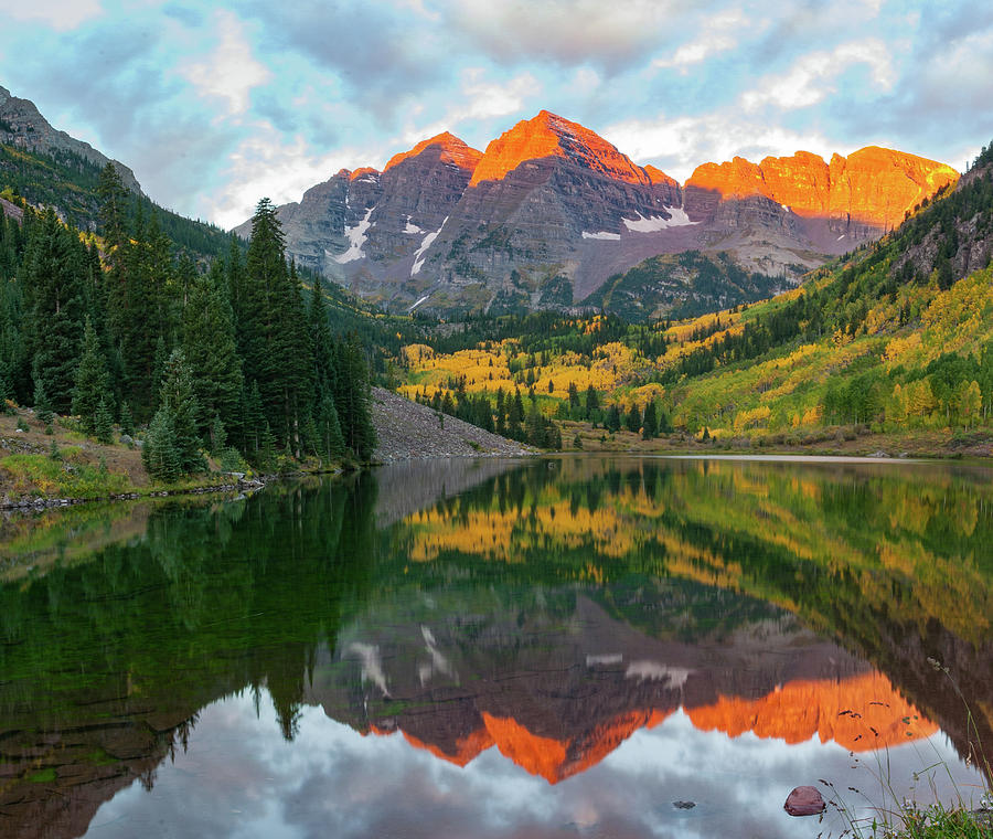 Fall Colors Photograph - Maroon Bells by David Brown Eyes