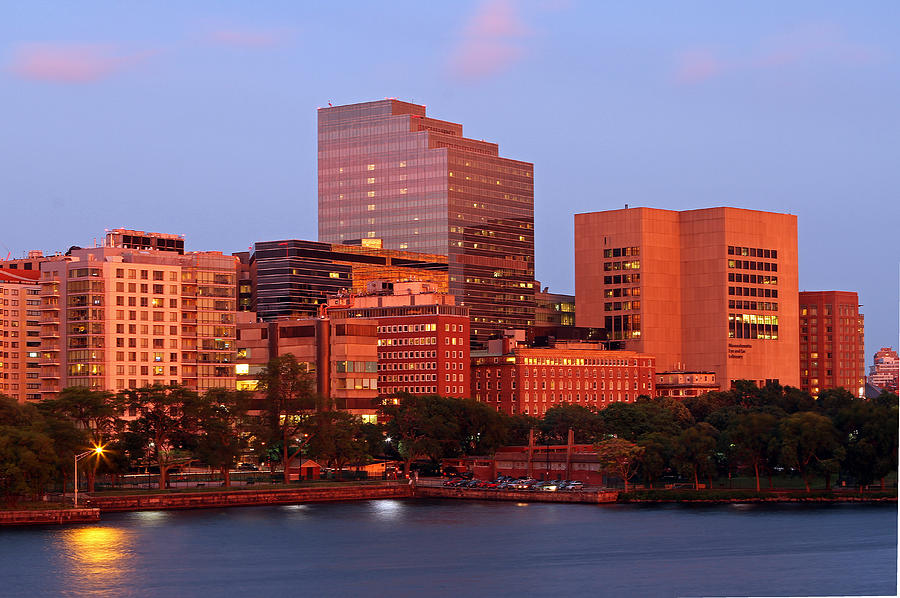 Massachusetts General Hospital by Juergen Roth