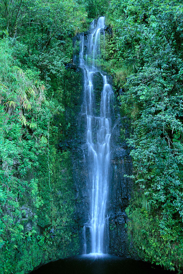 Active Photograph - Maui Waterfall by Bill Brennan - Printscapes