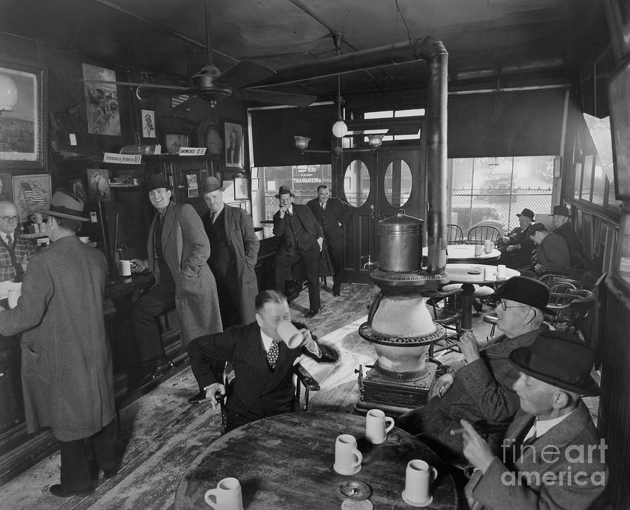 New York Photograph - Mcsorleys by Lionel F Stevenson