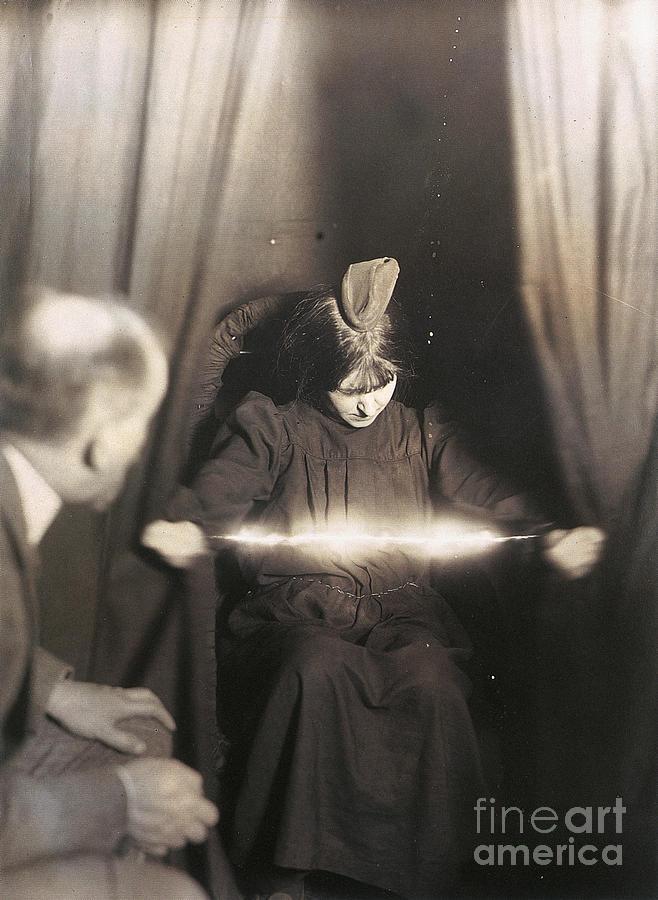 1912 Photograph - Medium During Seance 1912 by Granger