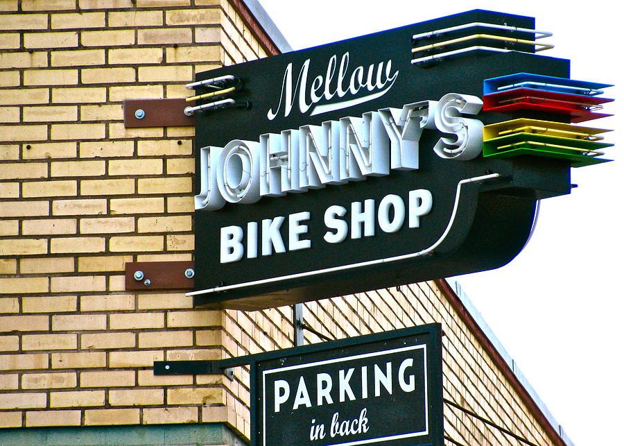 Mellow Photograph - Mellow Johnnys by Frank SantAgata