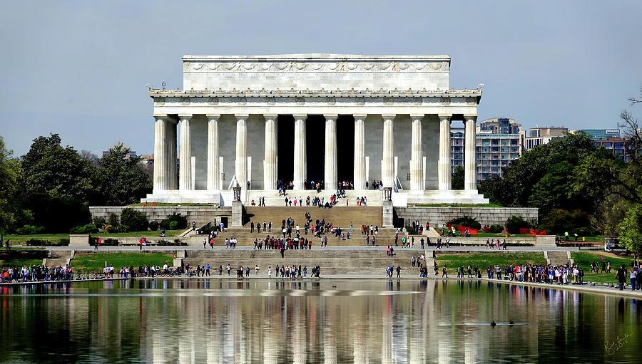 Lincoln Memorial Photograph - Memorial by Rick Lawler