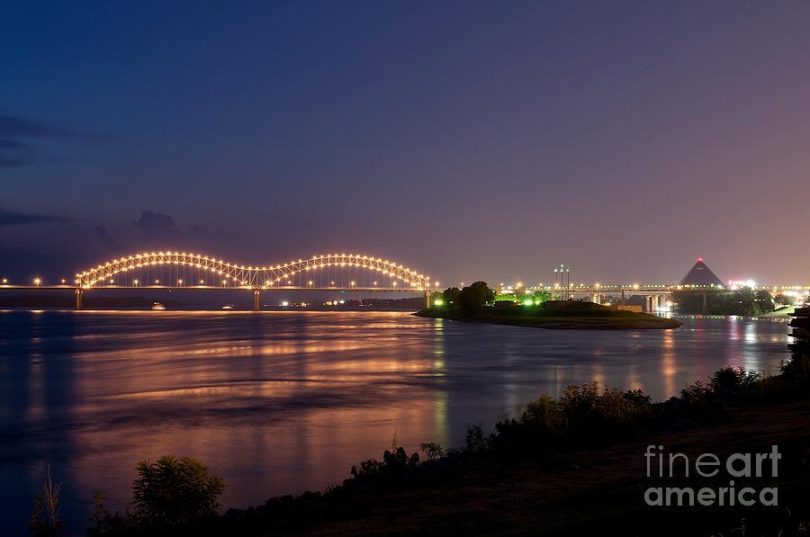 Memphis by Miguel Celis