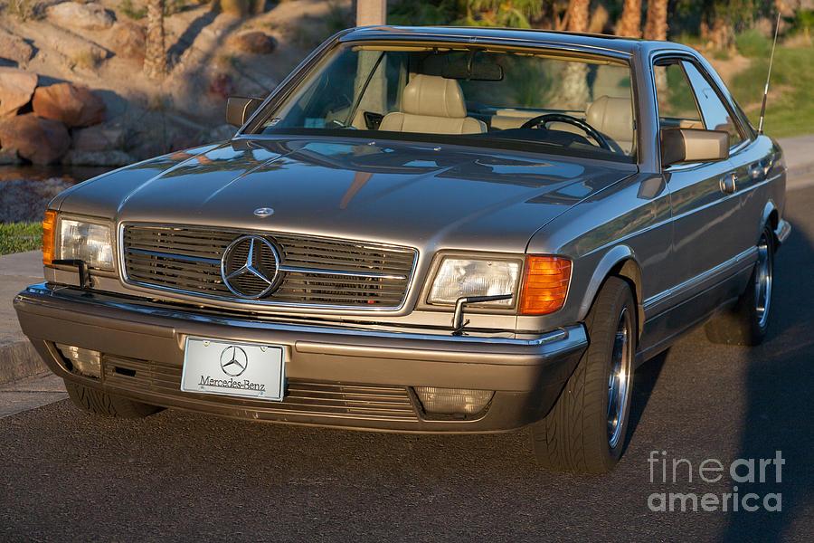 Mercedes 560SEC W126 by Gunter Nezhoda