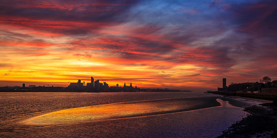 England Photograph - Mersey Sunrise by Peter OReilly