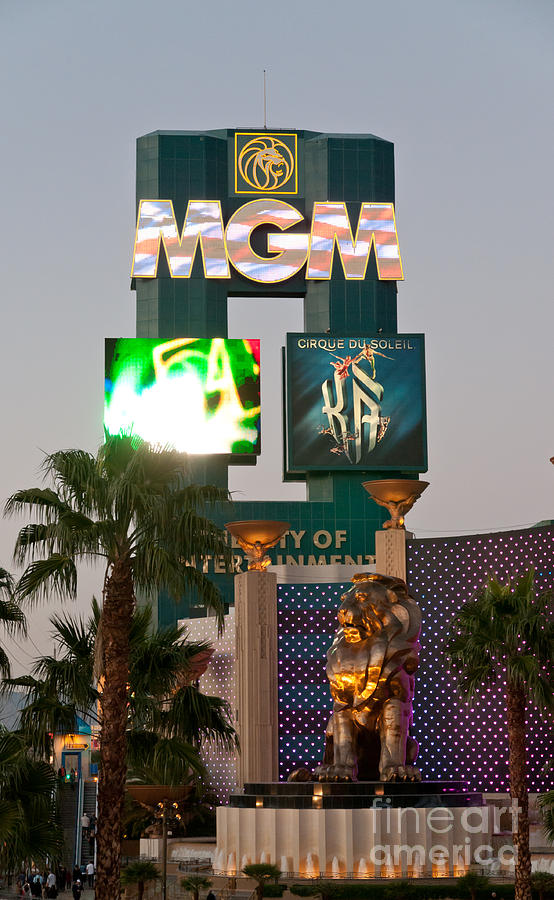 Las Vegas Photograph - Metro The Mgm Lion by Andy Smy