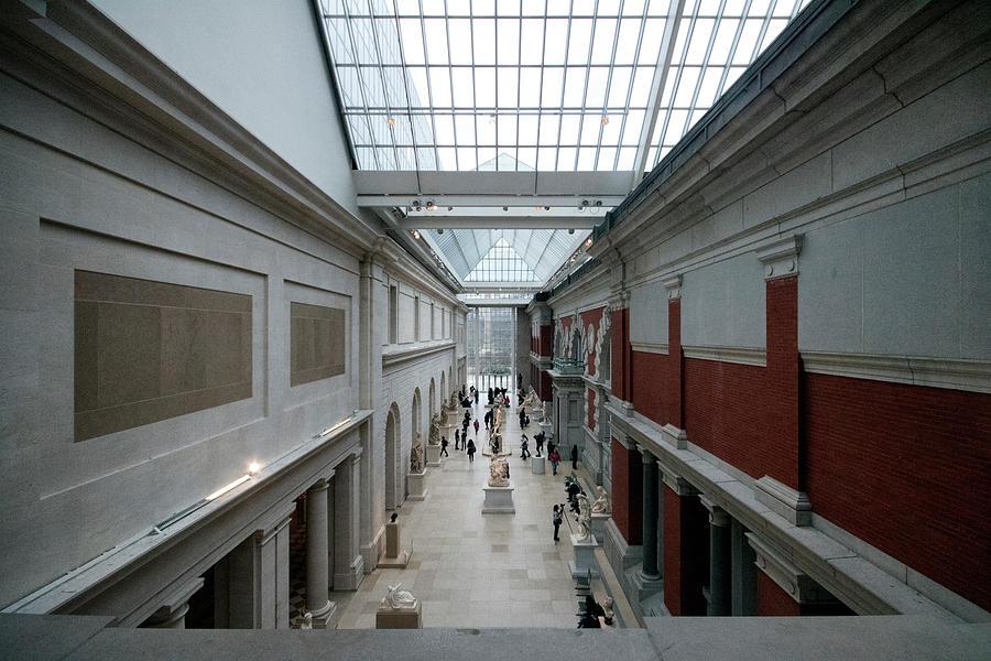 Nyc Photograph - Metropolitan Museum Of Art by Dave Beckerman