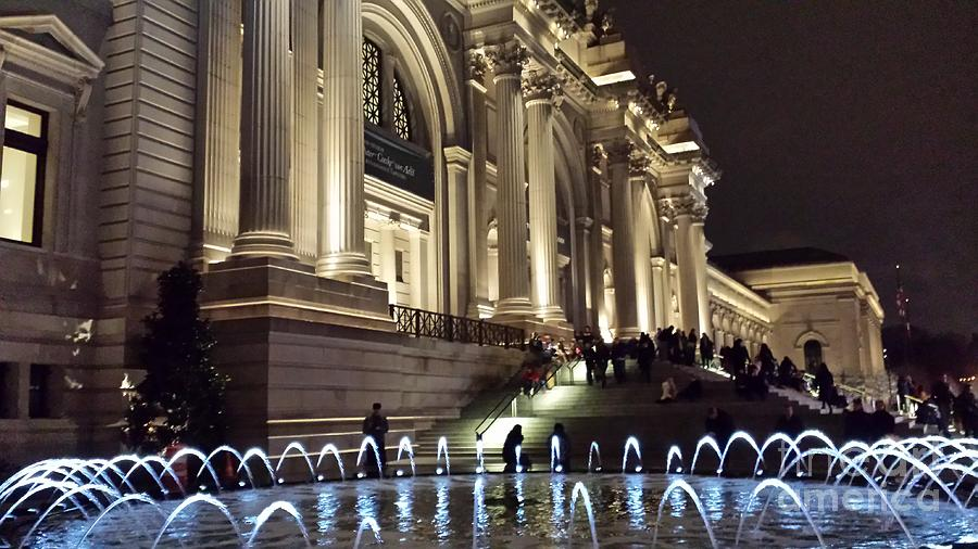 an overview of the metropolitan museum of art or the met Find out more about metropolitan museum of art, the internship program including available internships, overview, stats, description, location, duration and compensation.