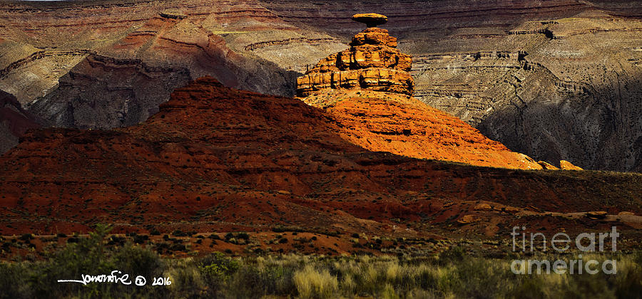 Mexican Hat 1 by Jonathan Fine