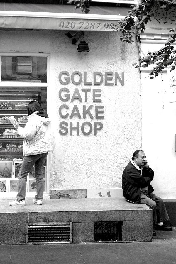 Photographer Photograph - mhh Cake by Jez C Self