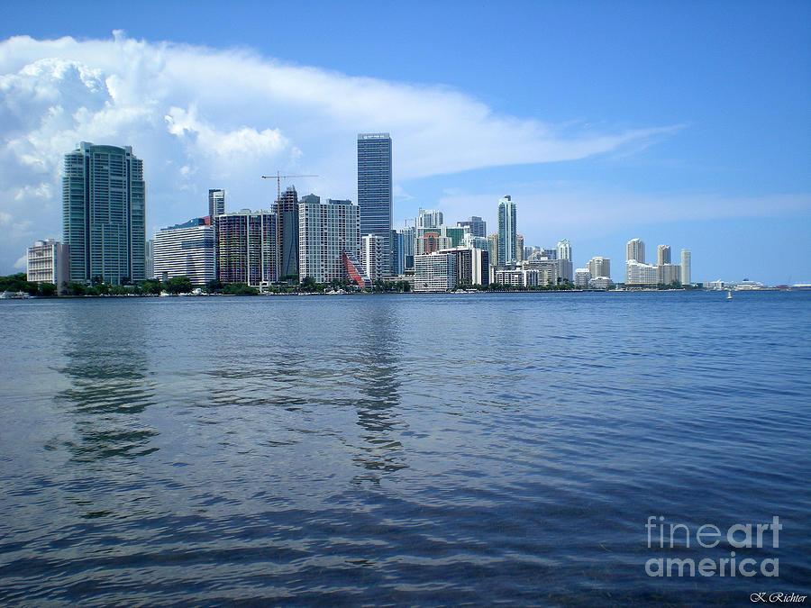 Landscape Photograph - Miami by Keiko Richter