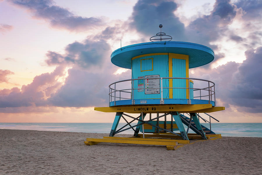 Miami Photograph - Miami Lifeguard Cabin At Sunrise by Lorrie Joaus
