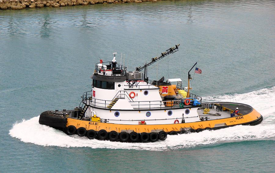 Tugboat Photograph - Miami Tug by Margaret Bobb
