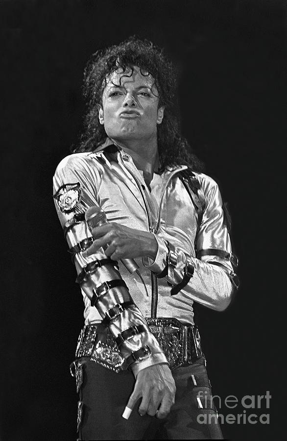 Pic Photograph - Michael Jackson - The King of Pop by Concert Photos