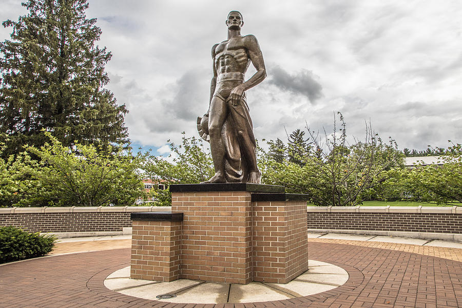 Sparty Photograph - Michigan State - The Spartan Statue by John McGraw